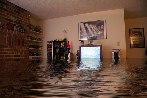 apartment-flooded1