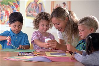 kids_at_home_art_projects