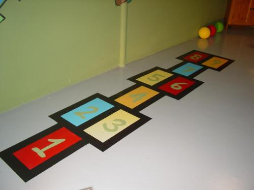 hop_scotch-painted-floor-mural-bradenton-florida