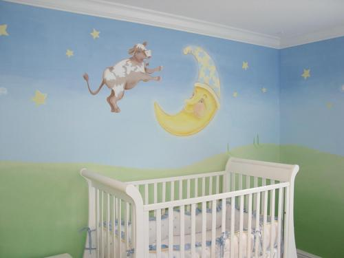 nursery-rhyme-cow-jumped-over-moon-mural-baby-nursery-bradenton-florida