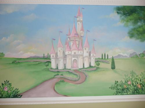princess-castle-nursery-mural-2-bradenton-florida